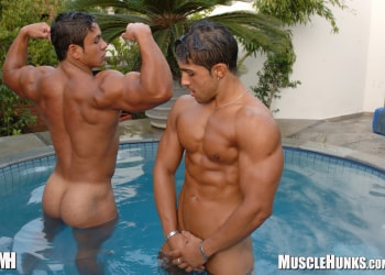 gay nude massage thumbnail pictures